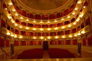 teatro_garibaldi4